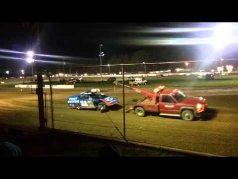 Brownstown Speedway Modified heat race part 1/2