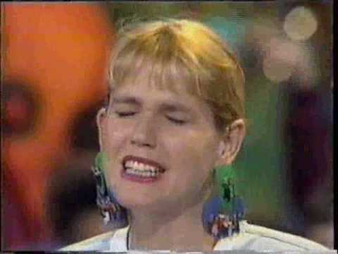Xuxa Canta O Boto Rosa No Xou 1990 Youtube