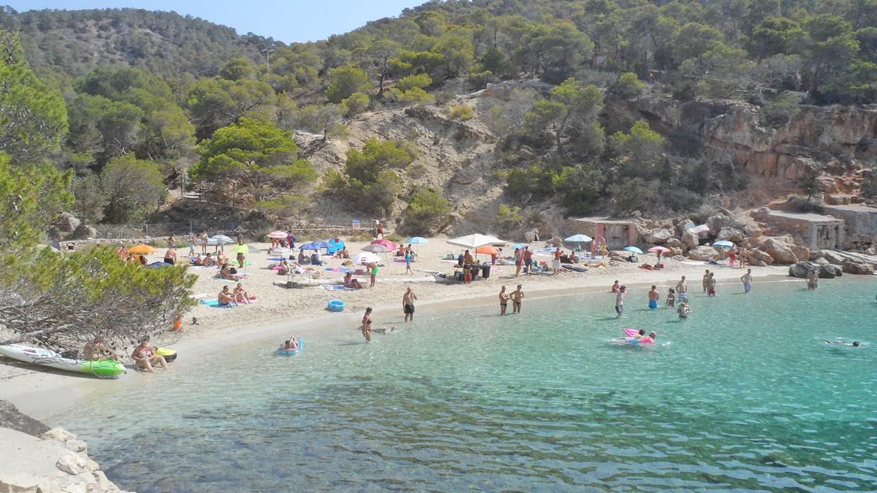 Beach Cala Saladeta (Sant Antoni de Portmany) Ibiza