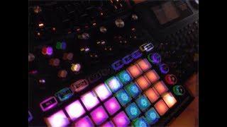 Acid Bent 4: The Circuit Bass (Novation Circuit Mono Station & Circuit Bent Alesis SR-16)