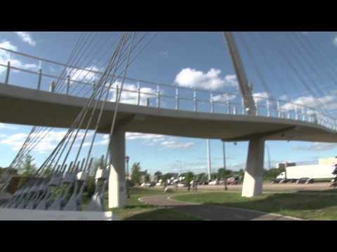 Breathtaking Bike Infrastructure: Minnesota's Martin Olav Sabo Bridge