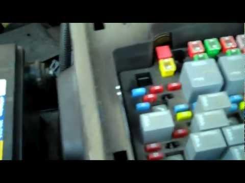Chevrolet Silverado Problem , Trailer Running Lights Would Not Work - FIXED