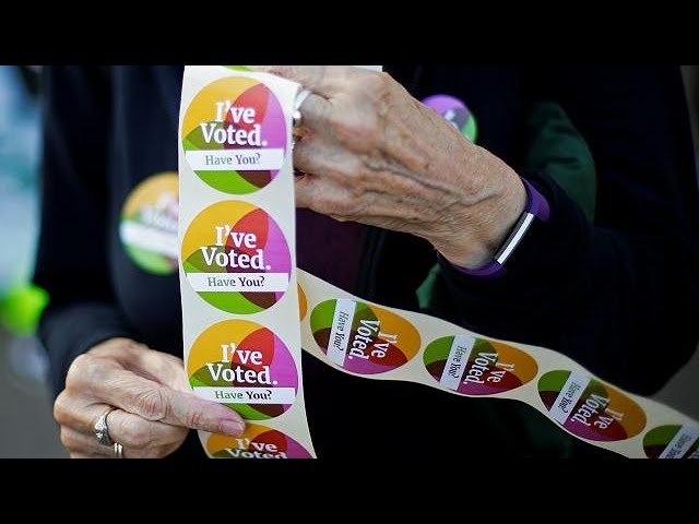 <h2><a href='https://webtv.eklogika.gr/istoriko-dimopsifisma-stin-irlandia' target='_blank' title='Ιστορικό δημοψήφισμα στην Ιρλανδία'>Ιστορικό δημοψήφισμα στην Ιρλανδία</a></h2>