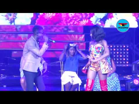 Efya performs with Kuami Eugene at Girl Talk Concert