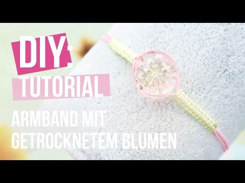 Schmuck machen: Macramé Armband mit Anhänger und getrocknete Blumen ♡ DIY