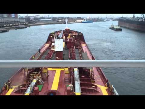 Vessel - Manoeuvre - riga - tanker - ship - port operation -