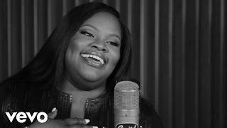 Tasha Cobbs - Jesus Saves (1 Mic 1 Take)