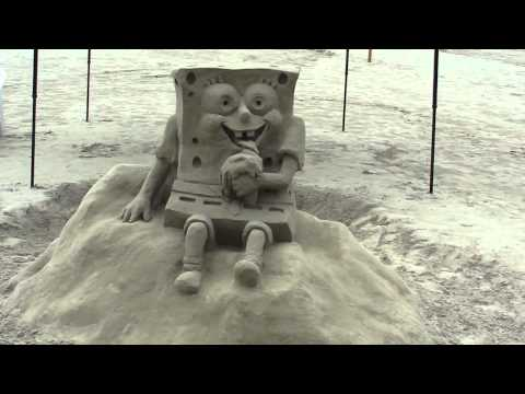 bob esponja em escultura em areia