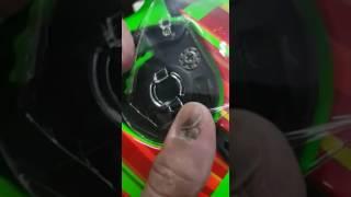 Tutorial pemasangan kaca helm terminator lebih jelas lagi ok
