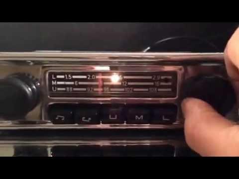Chromelondon.com VOLKSWAGEN OEM BLAUPUNKT VINTAGE CAR RADIO