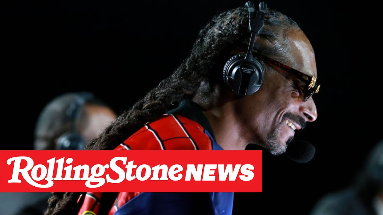 Snoop Dogg's Commentary Unanimously Wins Mike Tyson vs. Roy Jones Jr. Fight | RS News 11/30/20