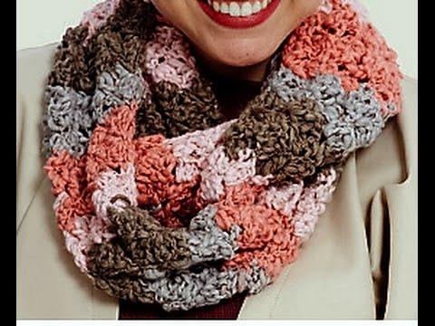 f9b78a377398 Πολυ ευκολος πλεχτος λαιμος με βελονακι Very easy crochet stagger stich cowl