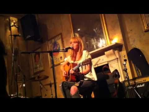Lucy Rose - Don't you worry (live) 12/9/10