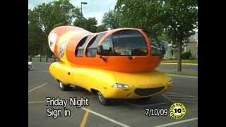 """Wienermobile """"hot-dogs"""" with Car Club - Jamestown ND"""