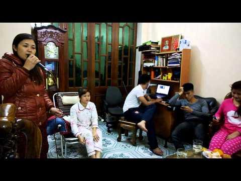 Nguyễn Thị Thủy với bài hát Biển Tình