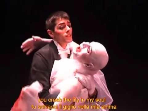 Kate Bush moving with ita and eng lyrics