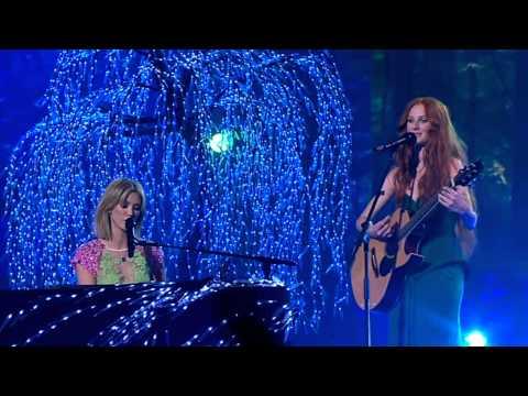 Celia Pavey & Delta Goodrem Sing Go Your Own Way: The Voice Australia Season 2