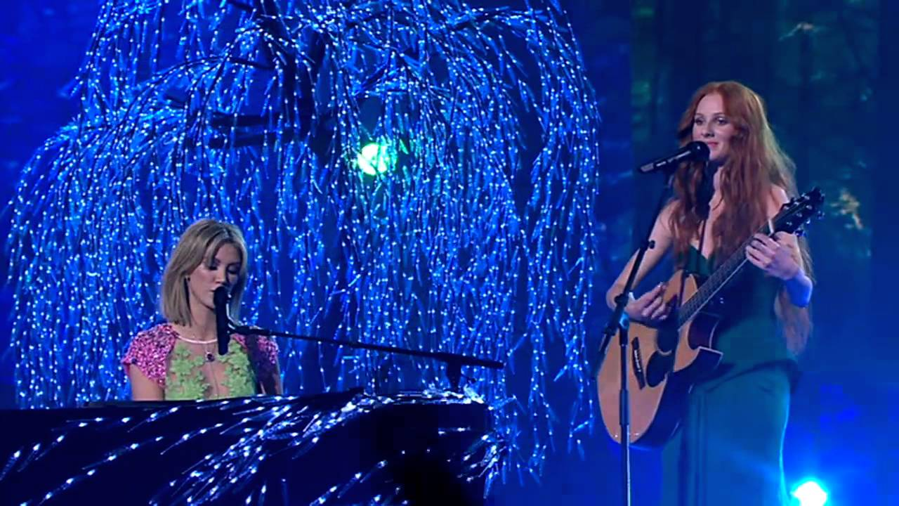 Celia Pavey & Delta Goodrem Sing Go Your Own Way: The