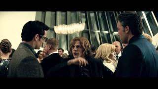 Бэтмен против Супермена: На заре справедливости (с субтитрами) - Trailer