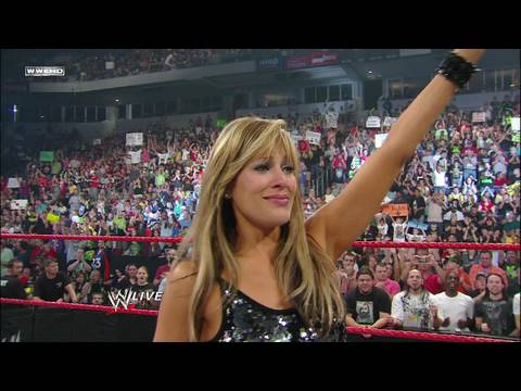 Lilian Garcia addresses the WWE Universe
