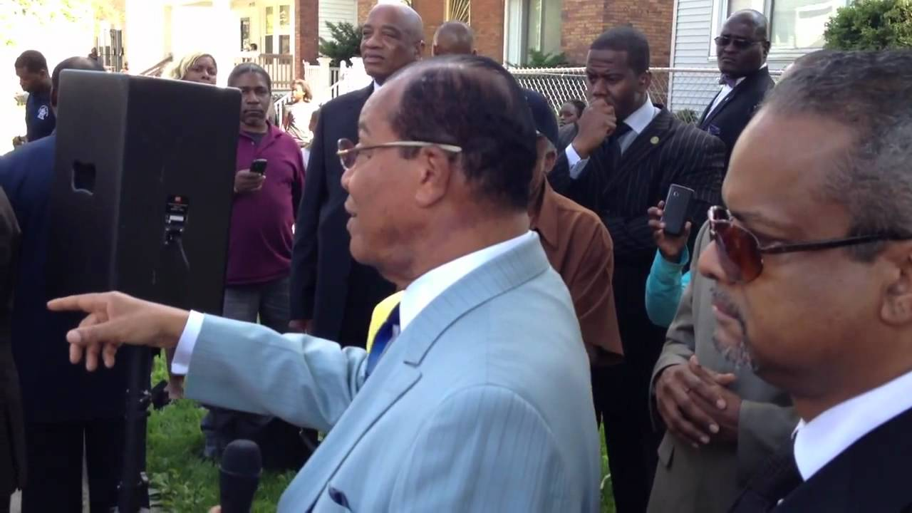 Farrakhan educates the people! Warns the people of upcoming civil unrest!