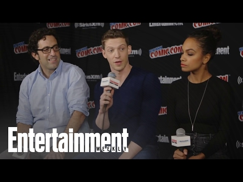 Sleepy Hollow Cast On Shipping, Bones Crossover And More! | Entertainment Weekly