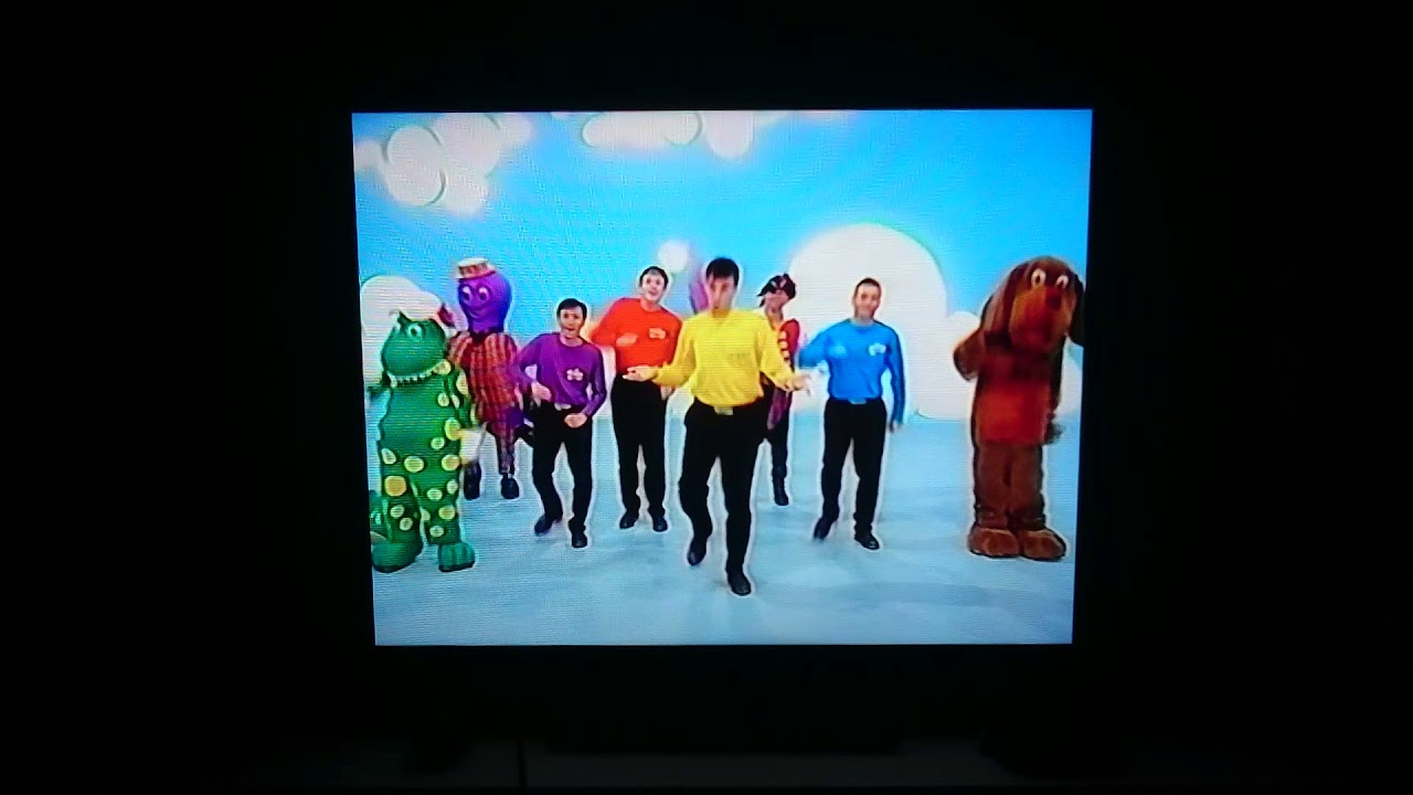 The Wiggles Song Walk 20   YouTube