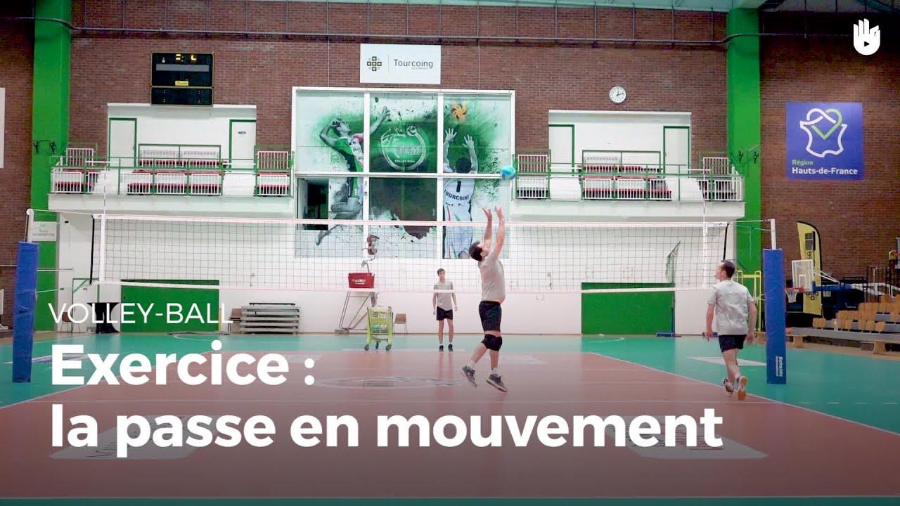 Exercice de passe : la passe en mouvement | Volley-Ball ...