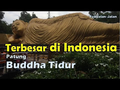 patung-buddha-tidur-di-trowulan-mojokerto,-terbesar-di-indonesia