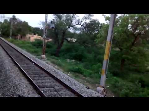 22618 TPTY-SBC Intercity crossing Chennai-Vasco Exp@Patchur