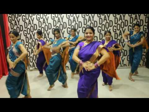 LAVANI Fantastic by AV - Hot Lavani Dance - Sanngto Aika