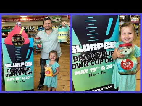 BRING YOUR OWN CUP SLURPEE DAY AT 7 - ELEVEN! | FAMILY VLOG