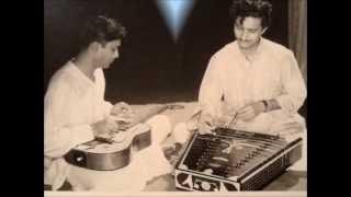 Pt. Brij Bhushan Kabra(Guitar) & Pt. Shiv Kumar Sharma(Santoor) Playing Raga Ahir Bhairav.