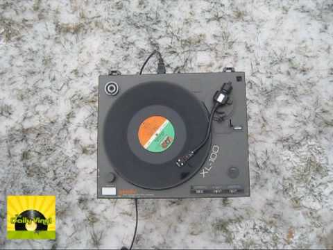 I Missed Again (rare Drawing Board home demo) by Phil Collins [The Daily Vinyl music video #36]