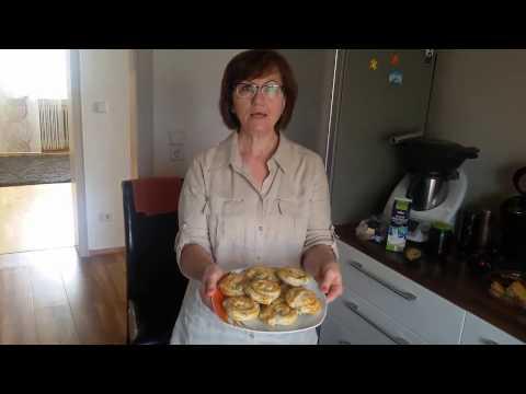 Слоеные булочки с сыром
