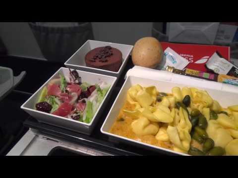 Iberia Express : Business Class Madrid - Gran Canaria A321 September 2016