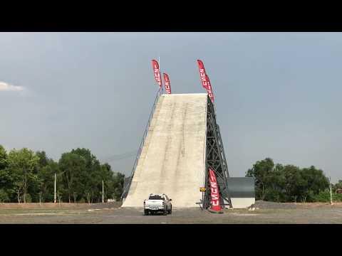 """ไปลุยกัน !! ISUZU 4×4 LAND """"สนามรถขับเคลื่อน 4 ล้ออีซูซุ"""" สนามใหม่ จ.ปทุมธานี"""