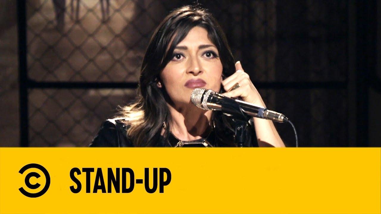 Historias de Una Soltera en Facebook | Mónica Escobedo | Stand Up | Comedy Central México