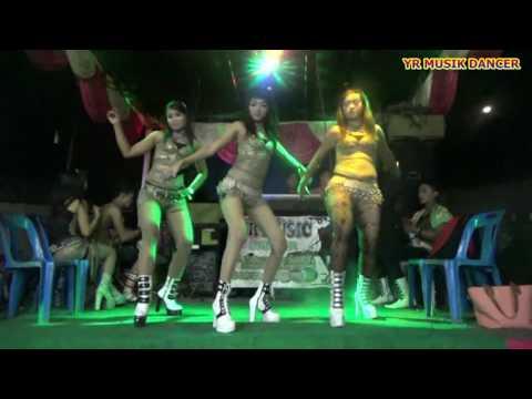 YR MUSIK DANCER   Izinkan Aku Mencintaimu Dj Remix   Vj Ayu Feat Vj Risma