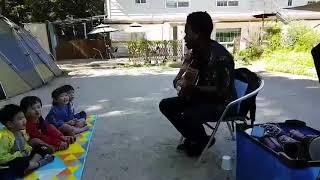 Korean Kids Singing Tanzanian Song (#Hakunamatata)