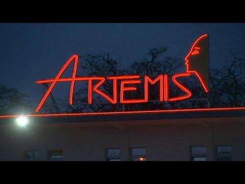 Berlin Artemis brothel raided by 900 police officers