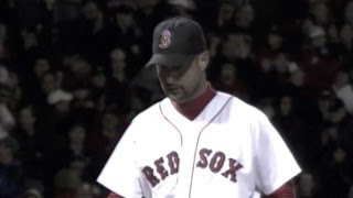 2004 ALCS Gm5: Wakefield fans Sierra to end top 13th