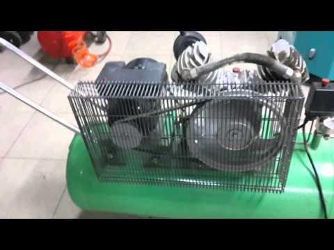 Воздушные электрические компрессоры обычно применяются при покраске автомобилей, подкачке шин и питания пневмоинструмента. Продаём электрические воздушные компрекссоры по низким ценам с доставкой. 220 в, 50 л, 412 л/мин.