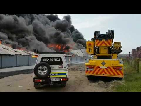Fire Fighters Battle South Coast Road Fire Youtube