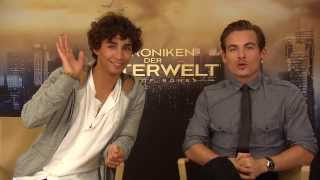 (HD) Robert Sheehan and Kevin Zegers - A message for the German Facebook Fans