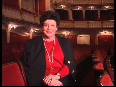 Mimi Coertse - Queen Of The Night Part 2