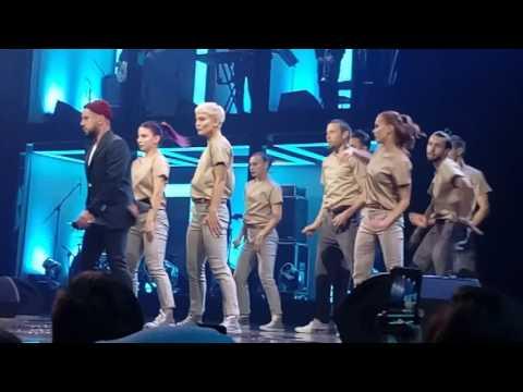 MONATIK -  Упали в любовь и ударились в танце & Кружит @ Yuna 21.02.2017