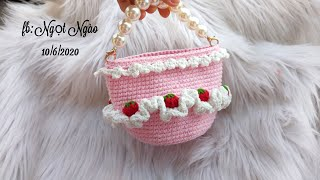 Hướng dẫn móc túi bánh kem. Đáy tròn|crochet strawberry cupcake bag for baby