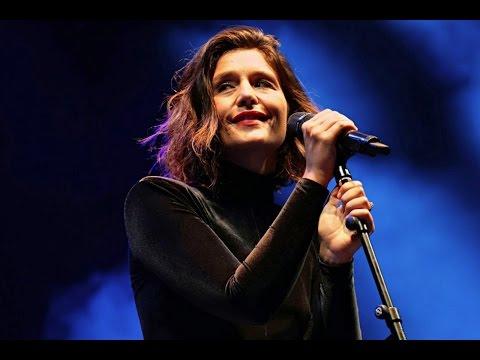Jessie Ware - Live at V Festival (2015)