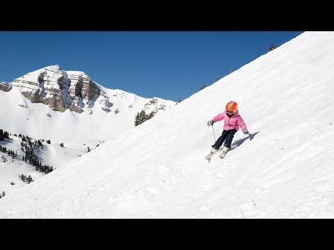Five-Year-Old Skis Rendezvous Bowl